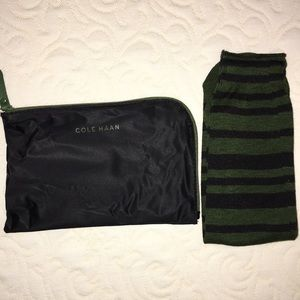 Cole Haan Socks with Travel Pouch